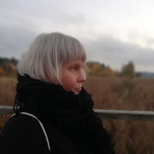 Johanna Sinkkonen armadillo barefoot path korpo 2020